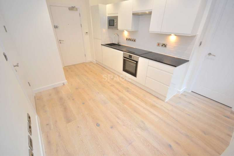 1 Bedroom Apartment Flat for sale in Garrad House, Garrard Street, Reading, Berkshire, RG1 1NR