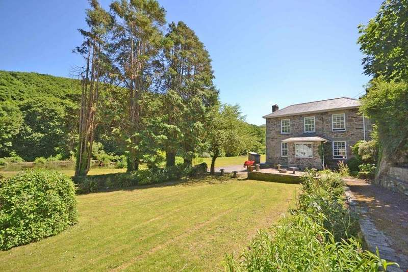 4 Bedrooms Detached House for sale in Portreath, Nr. Redruth, Cornwall, TR16