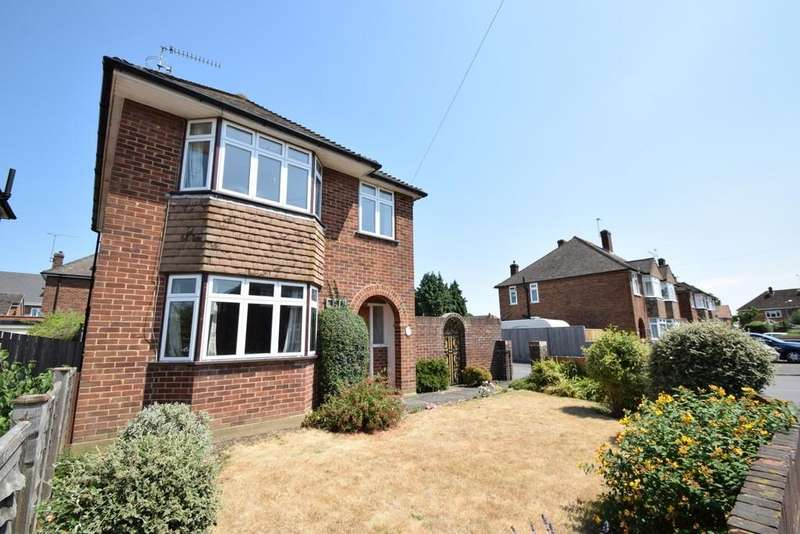3 Bedrooms Detached House for sale in Queens Road, Eton Wick, SL4