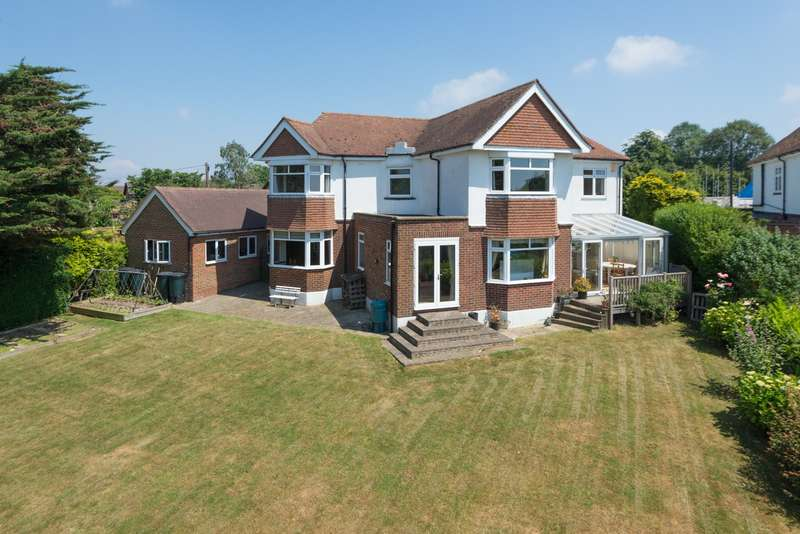 4 Bedrooms Detached House for sale in The Downs, Blue Bell Hill, ME5