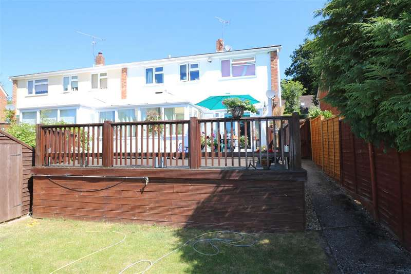 4 Bedrooms House for sale in Mandeville Close, Tilehurst, Reading