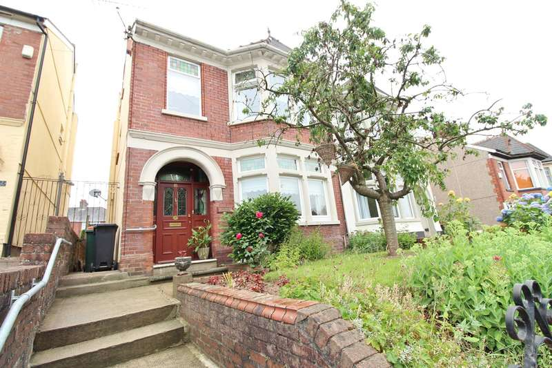 4 Bedrooms Semi Detached House for sale in St Julians Avenue, Newport, NP19