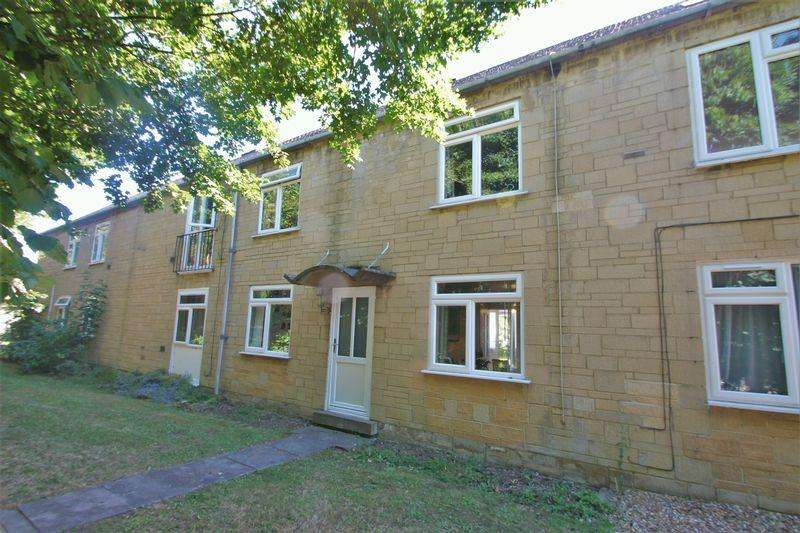 3 Bedrooms Terraced House for sale in Fairfax Road, Cirencester, Gloucestershire