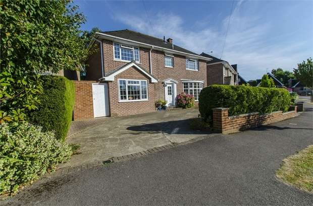 4 Bedrooms Detached House for sale in Alexandra Road, Chandler's Ford, EASTLEIGH, Hampshire