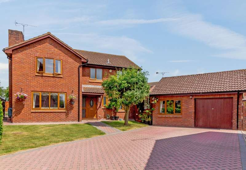 5 Bedrooms Detached House for sale in Willow Rise, Sutton St. Nicholas, Hereford, Herefordshire HR1 3DH