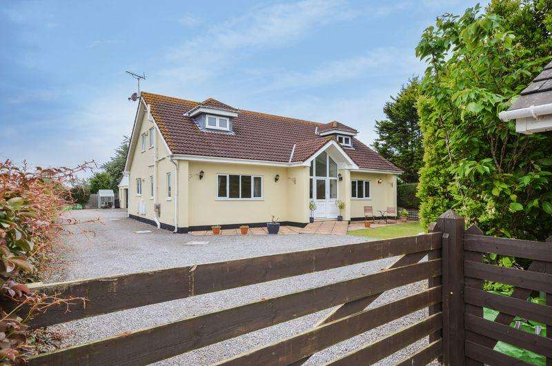 4 Bedrooms Detached House for sale in Sand Road, Weston-Super-Mare