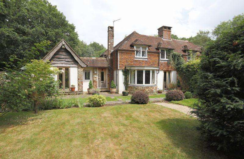 3 Bedrooms Semi Detached House for sale in Beech Green Lane, Withyham, East Sussex
