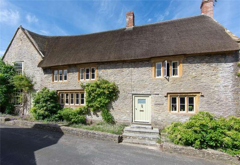 5 Bedrooms Detached House for sale in Queen Street, Yetminster, Sherborne, DT9