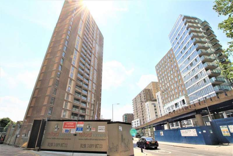 3 Bedrooms Apartment Flat for sale in The Liberty Building, Limeharbour, E14
