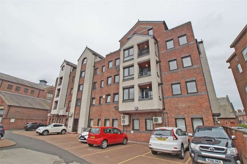 2 Bedrooms Flat for sale in CA1 1AE Spencer House, St Pauls Square, CARLISLE, Cumbria