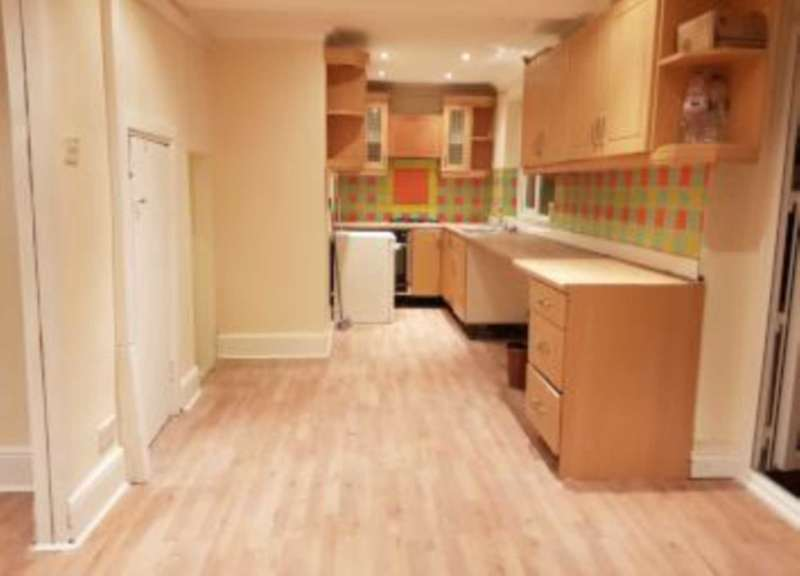 5 Bedrooms End Of Terrace House for sale in Elmgate Avenue, Hanworth