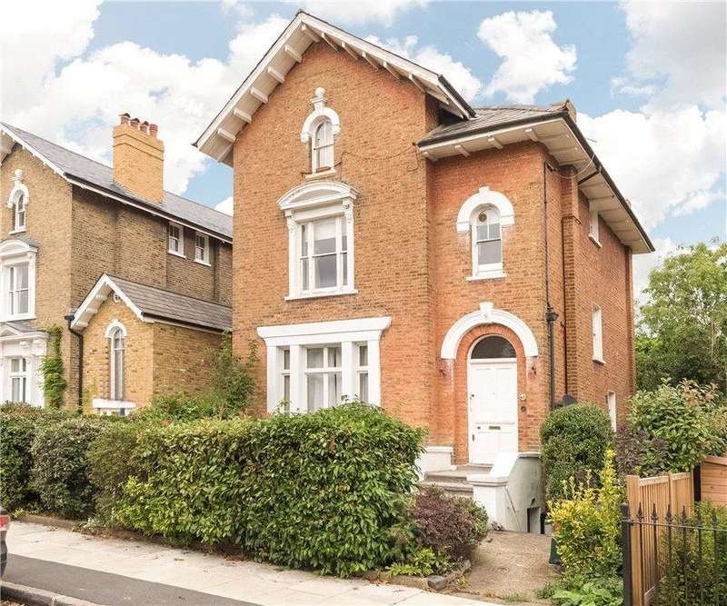 3 Bedrooms Flat for sale in Wimbledon, London, SW19