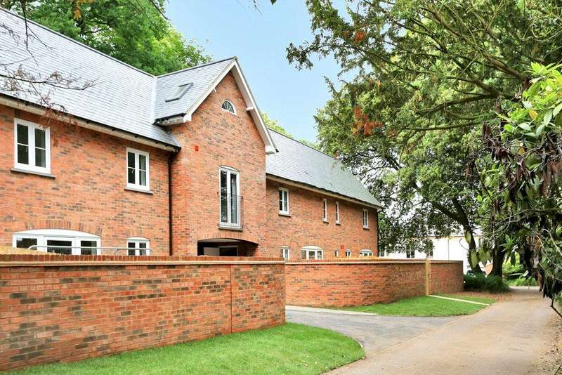 1 Bedroom Terraced House for sale in Market Harborough, Leicestershire