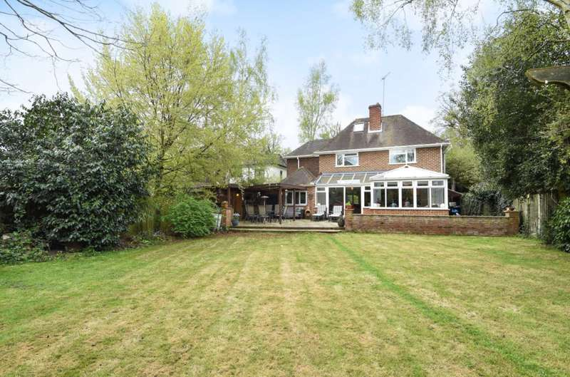 6 Bedrooms Detached House for sale in Wilderness Road, Earley, Reading