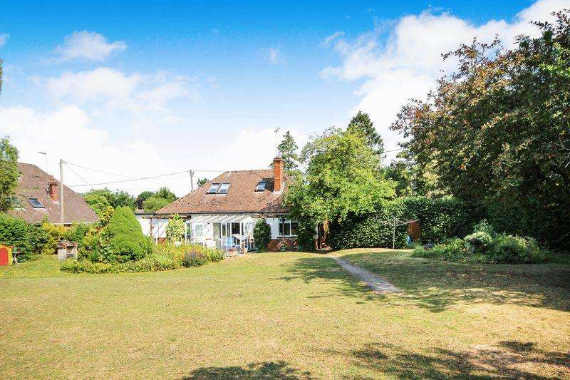 4 Bedrooms Equestrian Facility Character Property for sale in FIRS ROAD, FIRSDOWN, SALISBURY, WILTSHIRE, SP5