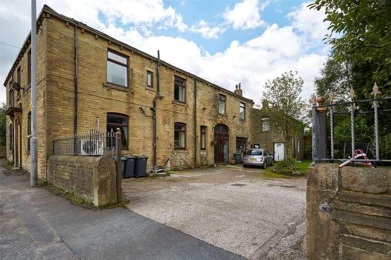 5 Bedrooms Detached House for sale in Halifax Road, Denholme, BD13