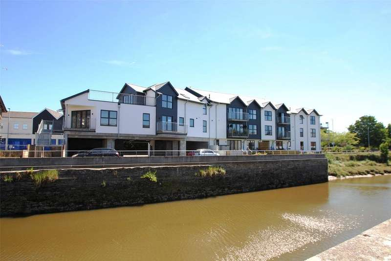 3 Bedrooms Apartment Flat for sale in Brunswick Wharf, Barnstaple