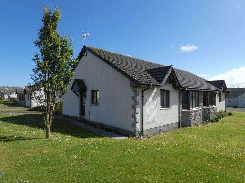 3 Bedrooms Semi Detached Bungalow for sale in Bishops Drive, Thurso
