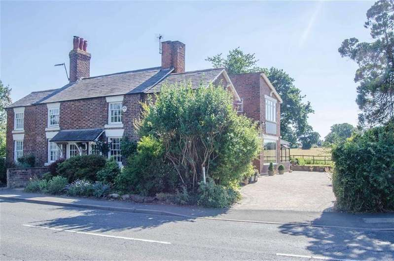 3 Bedrooms Cottage House for sale in Little Heath Road, Christleton, Chester, Christleton