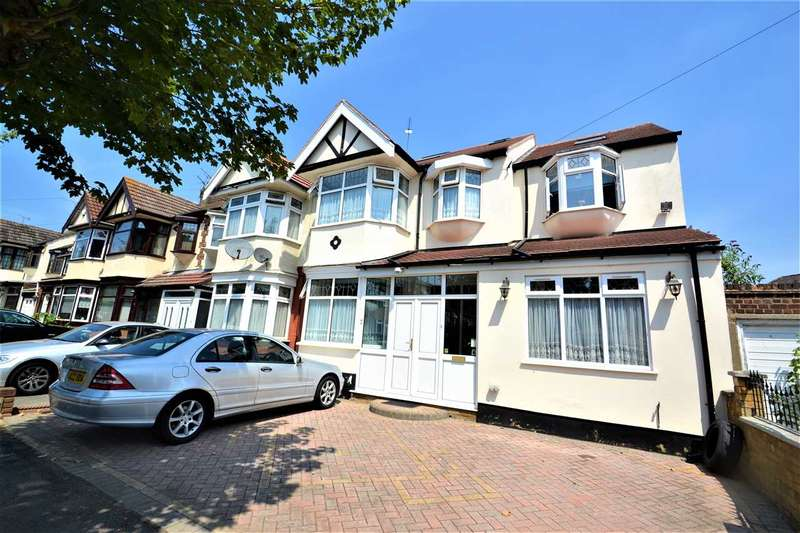 6 Bedrooms End Of Terrace House for sale in Queenborough Gardens, Gants Hill, Ilford