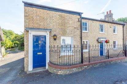5 Bedrooms Semi Detached House for sale in Landbeach, Cambridge