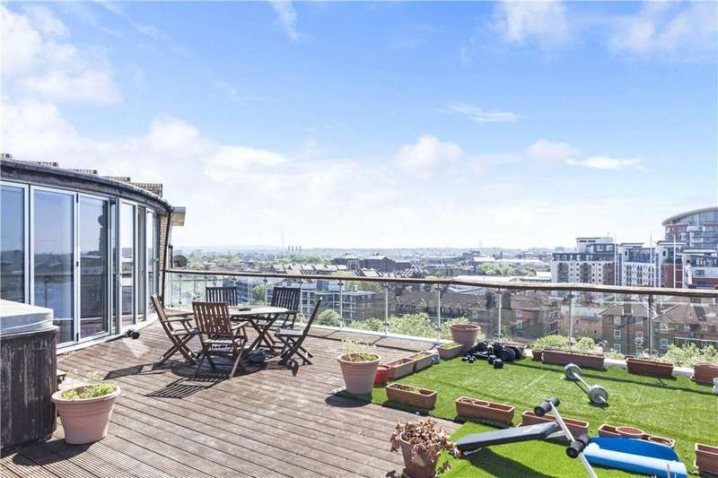 3 Bedrooms Penthouse Flat for sale in Riverview Court, Old Bellgate Place, Isle Of Dogs, London, E14