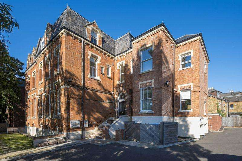 1 Bedroom Apartment Flat for sale in Alma Road, Windsor