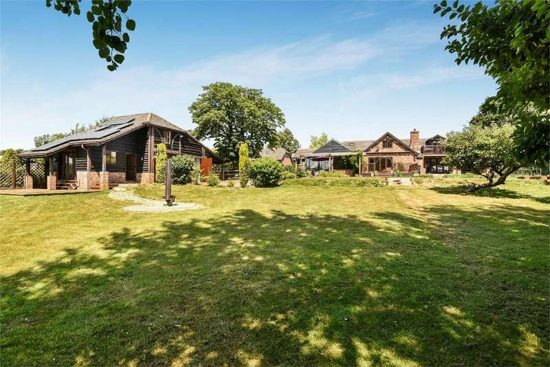 5 Bedrooms Detached House for sale in Solomons Lane, Shirrell Heath, Hampshire