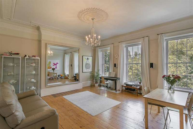 4 Bedrooms Maisonette Flat for sale in Leazes Terrace, City Centre, Newcastle upon Tyne