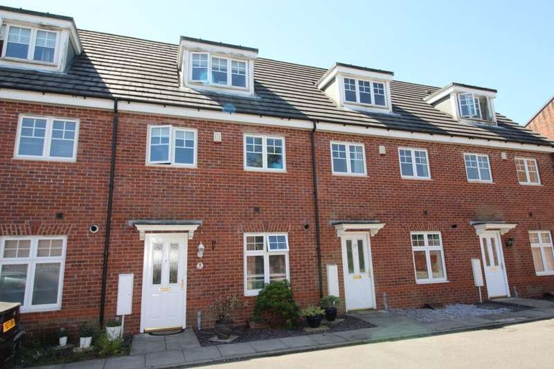 3 Bedrooms Property for sale in Oakwood Grove, Radcliffe, Manchester, M26