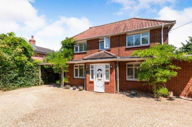 4 Bedrooms Detached House for sale in Sherborne St.John, Basingstoke, Hampshire