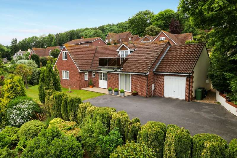 5 Bedrooms Detached House for sale in Heathlands Rise, Teignmouth