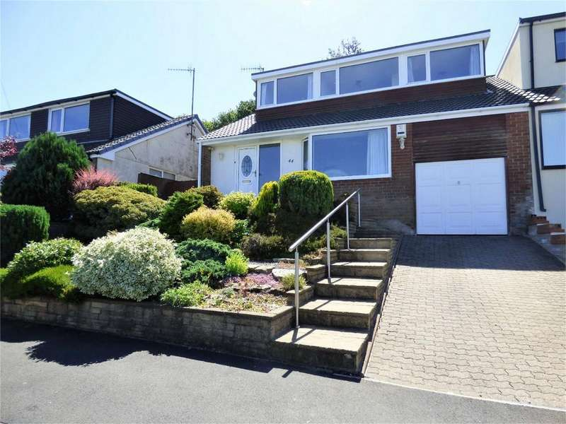 4 Bedrooms Semi Detached Bungalow for sale in Hillcrest Road, Langho, BLACKBURN, Lancashire