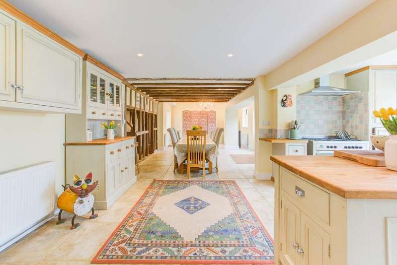 5 Bedrooms Detached House for sale in Easthorpe, Colchester