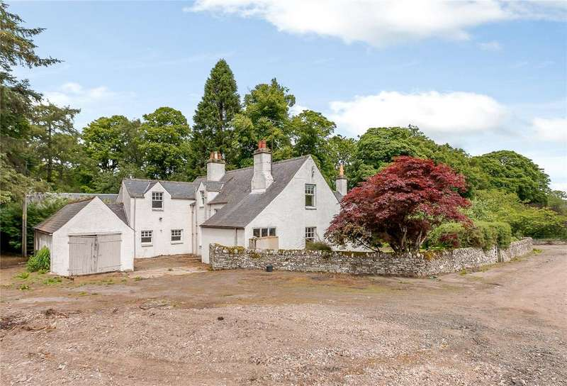 3 Bedrooms Detached House for sale in Kirkton Of Newtyle Farmhouse, Kirkton Road, Newtyle, Blairgowrie, Perthshire