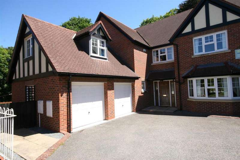 5 Bedrooms House for sale in Cwrt Bedw, Colwyn Bay
