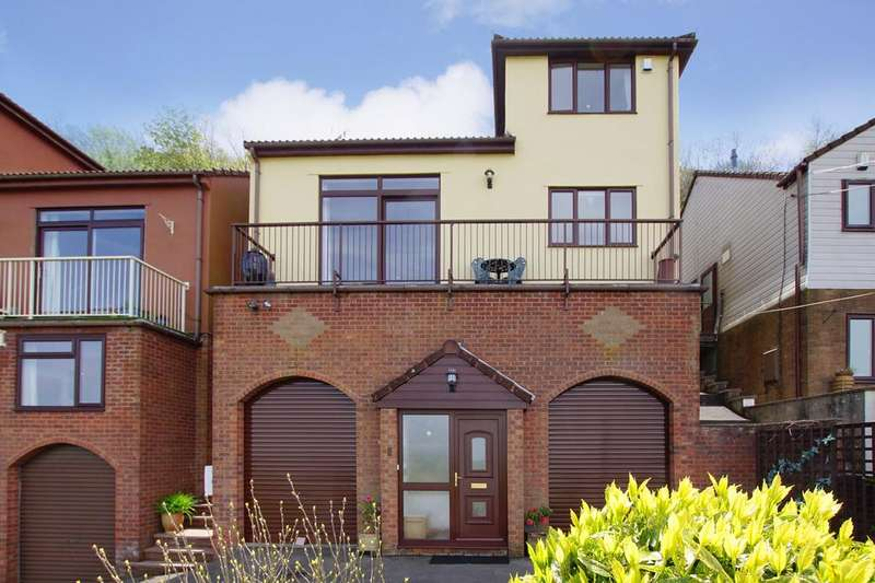 4 Bedrooms House for sale in Kewstoke Heights, Kewstoke, Weston super Mare