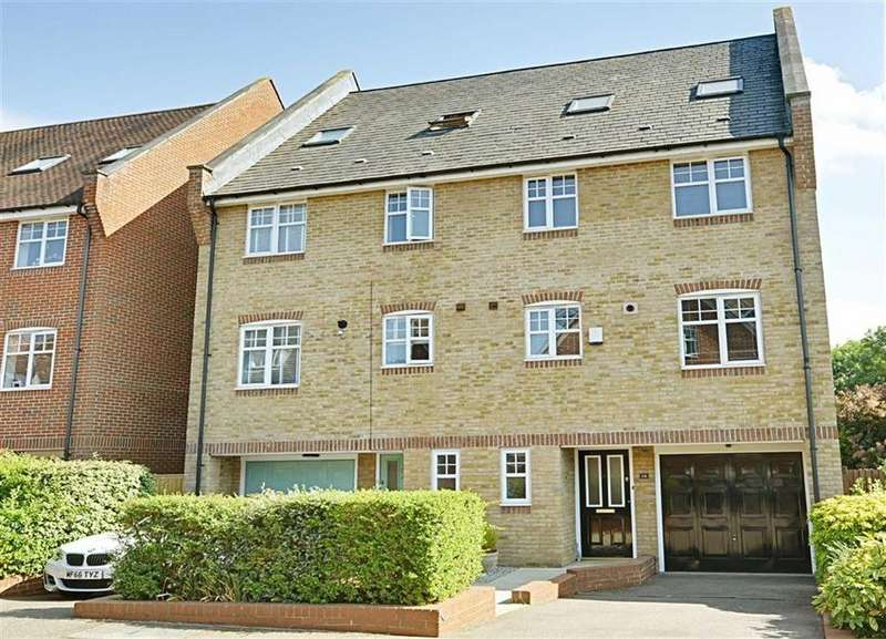 5 Bedrooms Semi Detached House for sale in Lilbourne Drive, Hertford, Herts, SG13