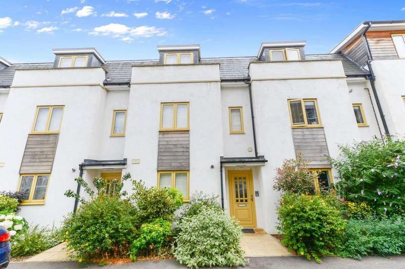 4 Bedrooms Terraced House for sale in Northfield Road, Ealing, W13