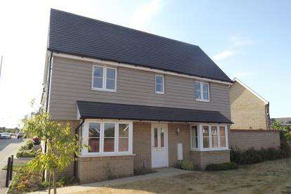 3 Bedrooms Detached House for sale in Waterland, St. Neots, Cambridgeshire