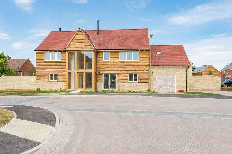 4 Bedrooms Detached House for sale in The Ashbury Plot 17, Bow Farm, Bow Road, Stanford in the Vale, Faringdon