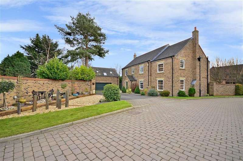 5 Bedrooms Detached House for sale in Old House Gardens, West Haddlesey, Selby, YO8