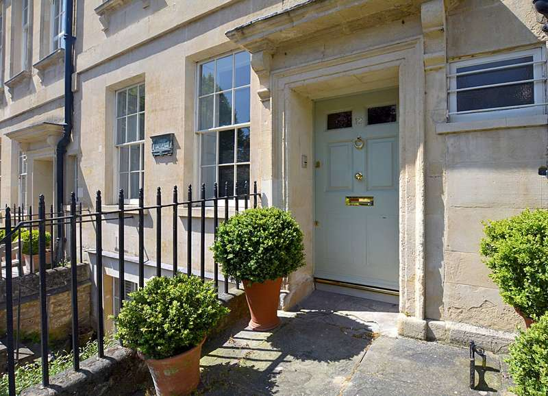 6 Bedrooms Terraced House for sale in Catharine Place, Bath, BA1