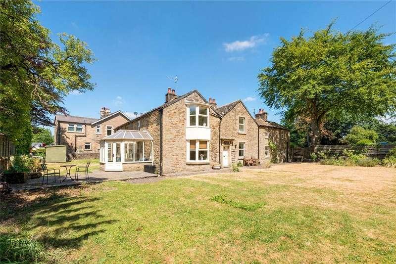 5 Bedrooms Detached House for sale in Long Lane, Chapel-en-le-Frith, High Peak, Derbyshire, SK23