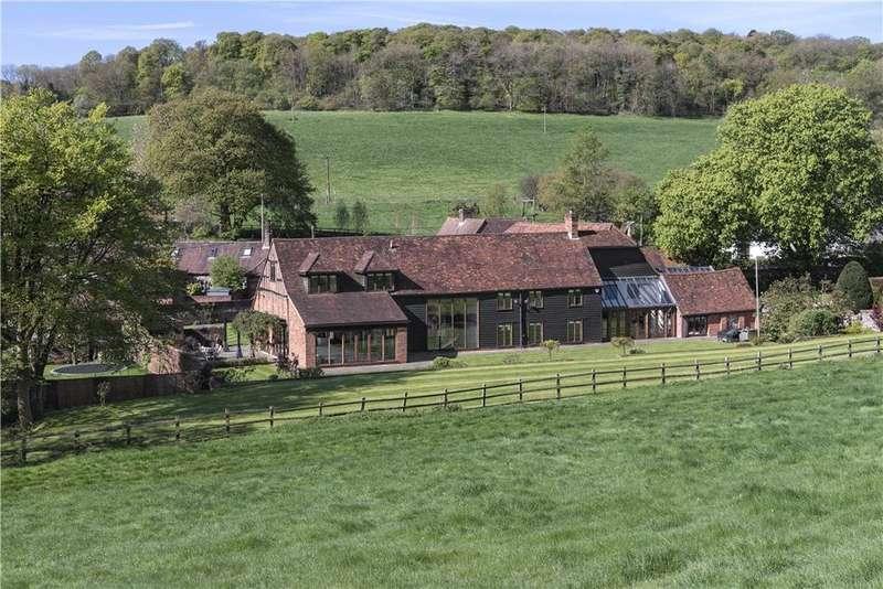 5 Bedrooms Detached House for sale in North Dean, Buckinghamshire, HP14