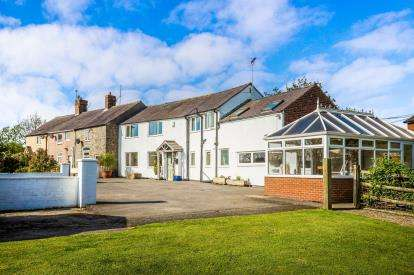 4 Bedrooms End Of Terrace House for sale in Green Park, Treuddyn, Mold, Flintshire, CH7