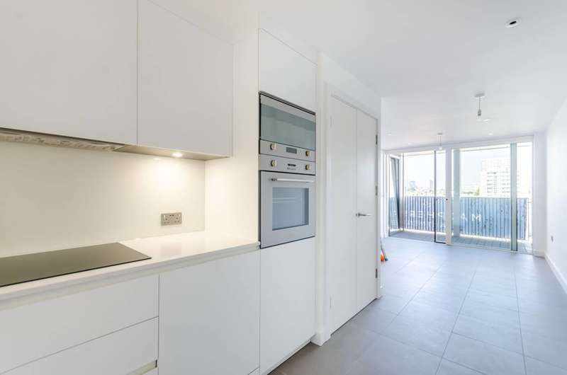 1 Bedroom Flat for sale in MacPherson Apartments, Bethnal Green, E2