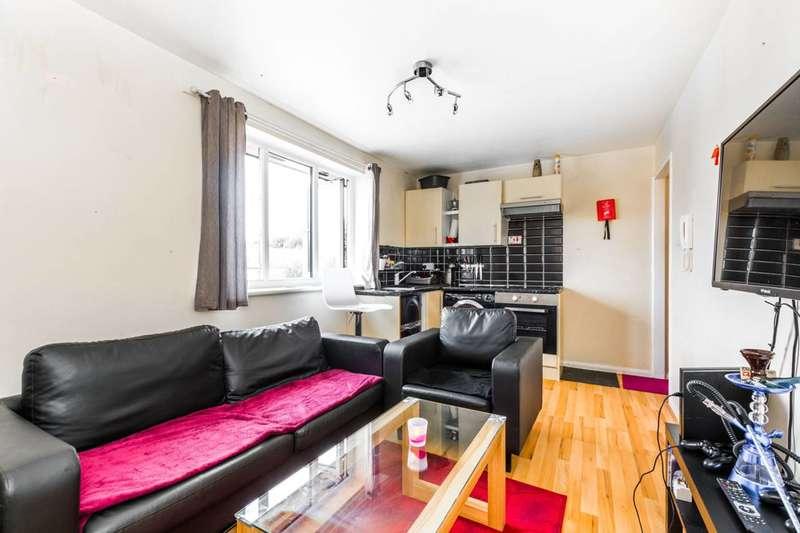 1 Bedroom Flat for sale in Corrigan Court, Leytonstone, E11