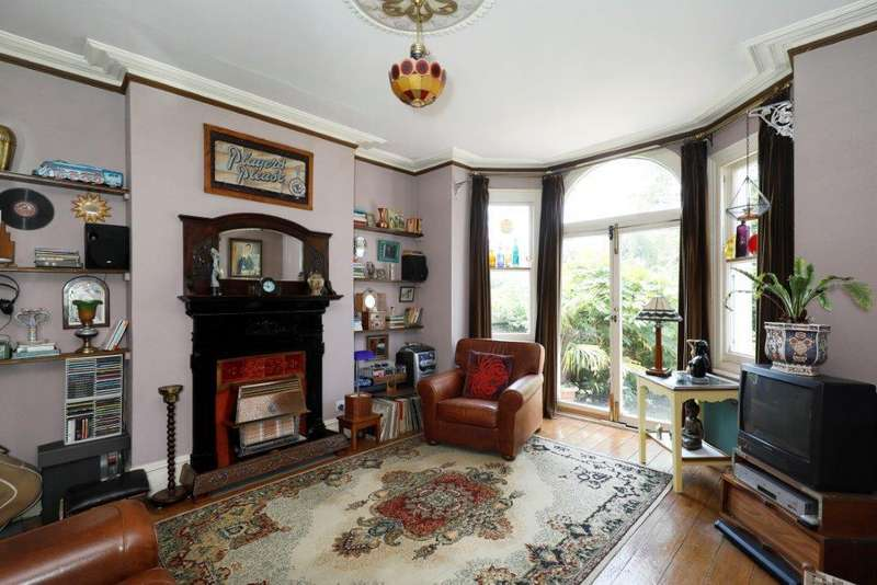 1 Bedroom Flat for sale in Bushnell Road, London SW17