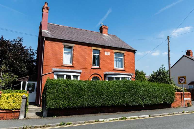 10 Bedrooms Detached House for sale in Beaconsfield Road, Deeside, CH5
